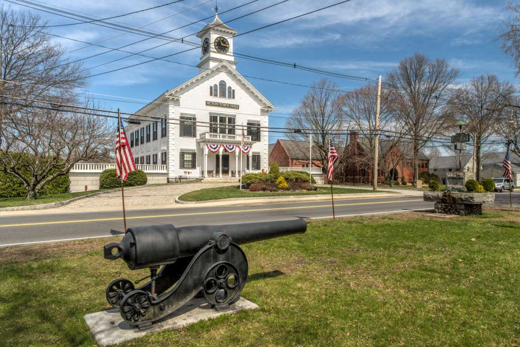 actonTownHall_cannon_2500px